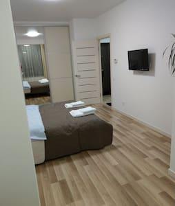 Однокімнатна квартира в новобудові Є.Коновальця 2