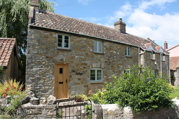 Peaceful Cottage in Wedmore - Somerset - B&B