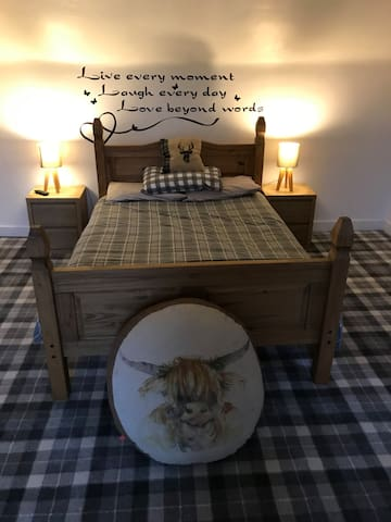 Glenroyd self catering Scottish themed rooms