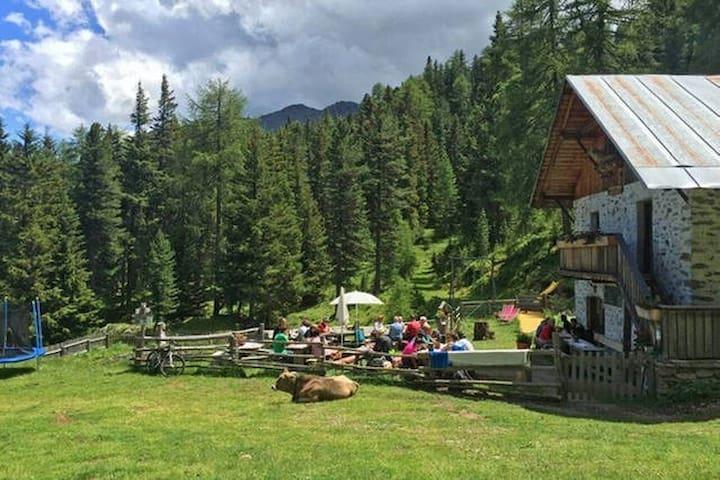 Urlaub auf der Alm im 6Bett zimmer natur pur - Kastelbell-Tschars - Chalet
