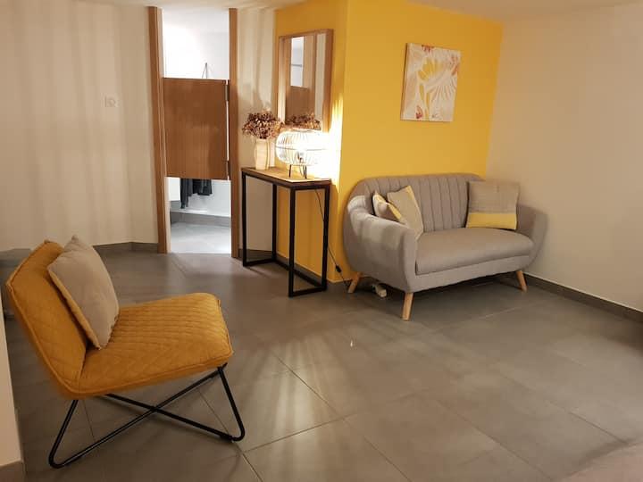 Joli studio dans maison moderne, prox. Strasbourg