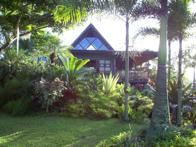 Private Home with Idyllic Garden near Beach