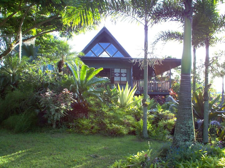 Private Bali Home near Beach/125Mbps Free Internet