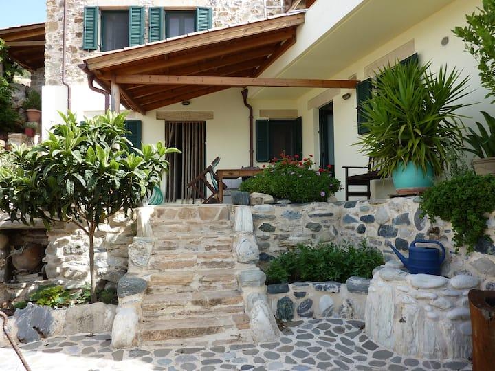 Villa Eva, Berg und Meer
