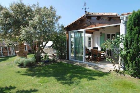 Villa avec grand jardin au calme - Saint-Clément-des-Baleines