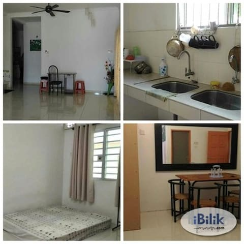 cozy and relaxing home in the middle of city life - Ayer Tawar