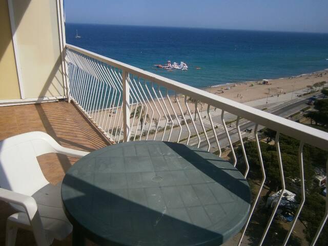 Terraza para comer vistas al mar panoramicas