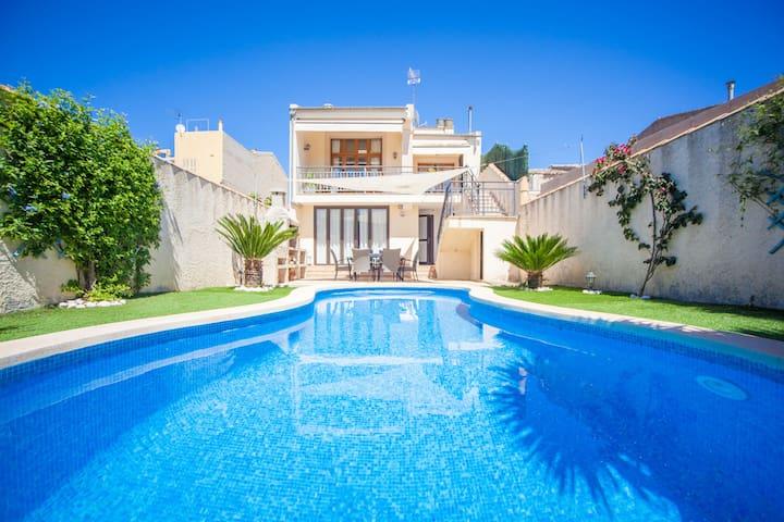 CAPAVILA - Villa for 5 people in MURO.