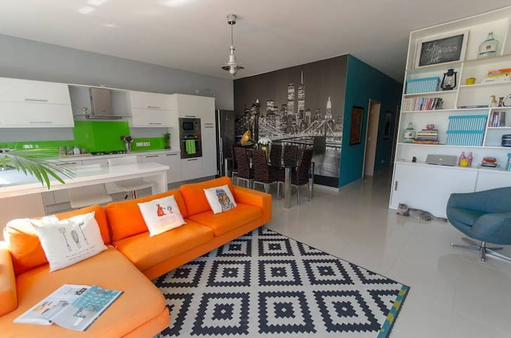 'The Elms' Apartment, perfect for couples! - Naxxar - Apartment
