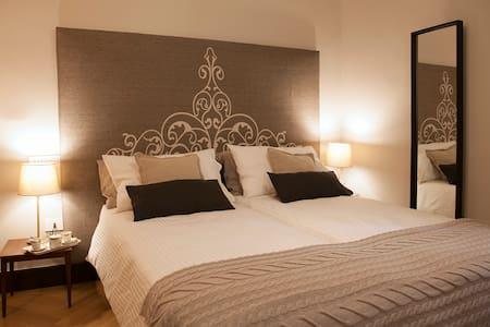 Camera Matrimoniale o Due letti separati