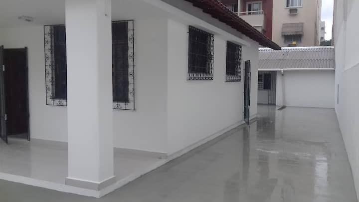 Alugo quartos para estudantes da  UFES.