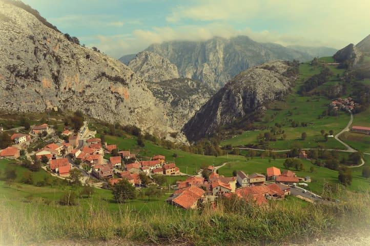 Bejes. Picos de Europa. 20 Km de Potes