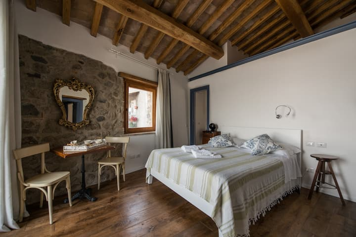 The room on  the lake-Anguillara B&B