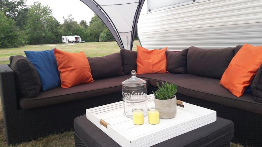 6 p. stacaravan met airco op 5* camping de Kuilart