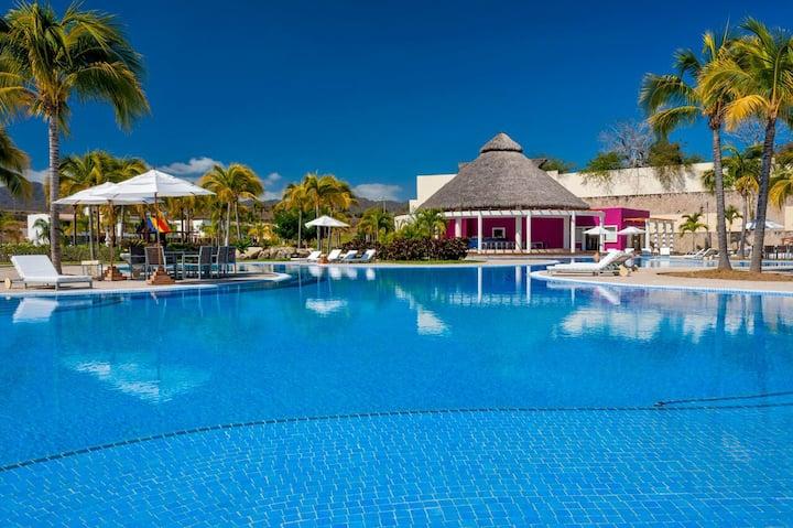Casa Isabel Alberca privada & Beach Club