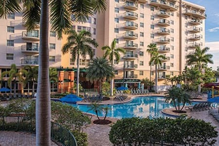 Have Fun in the Sun! Fort Lauderdale - Palm-Aire.