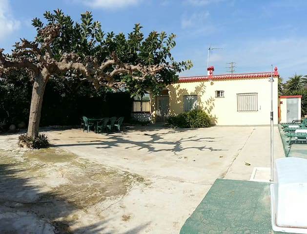 Detached house with garden and private pool - Benicarló - Huvila