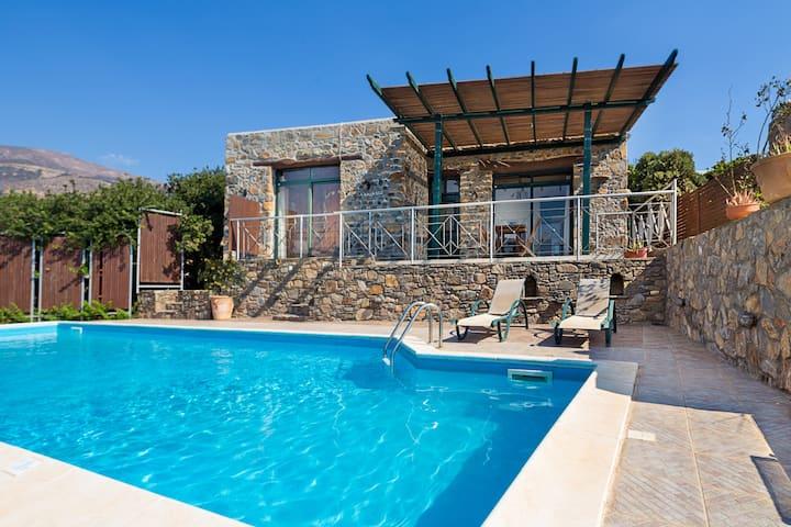 Villa Livadia priv. pool - 13 min. from Elafonisi
