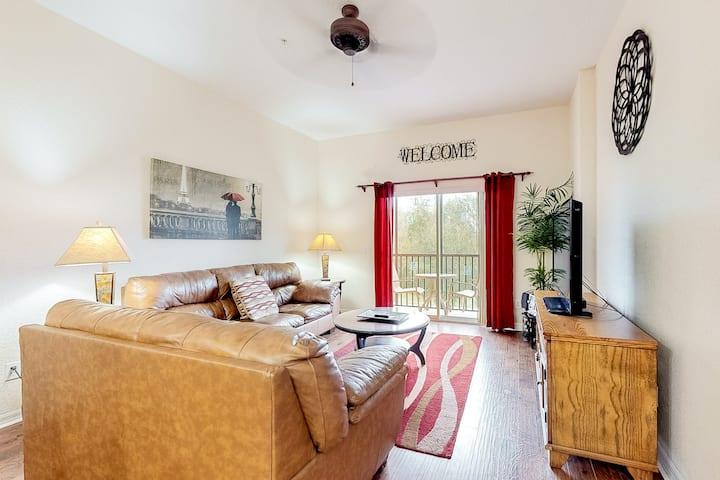 2nd floor condo w/ balcony, restaurant, sauna, basketball court, shared pools