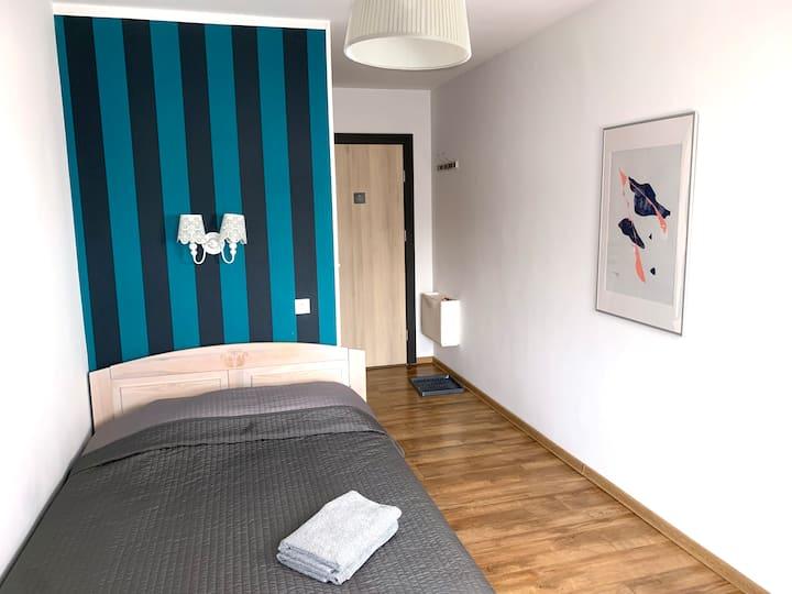 kameralny pokój 2-osobowy z balkonem w pensjonacie
