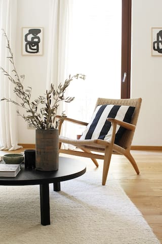 Central - 1 Bdrm for 2 people - Design apartment
