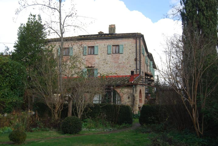 Chianti Apartment in 12th Century Tuscan farmhouse - Greve in Chianti - Apartemen