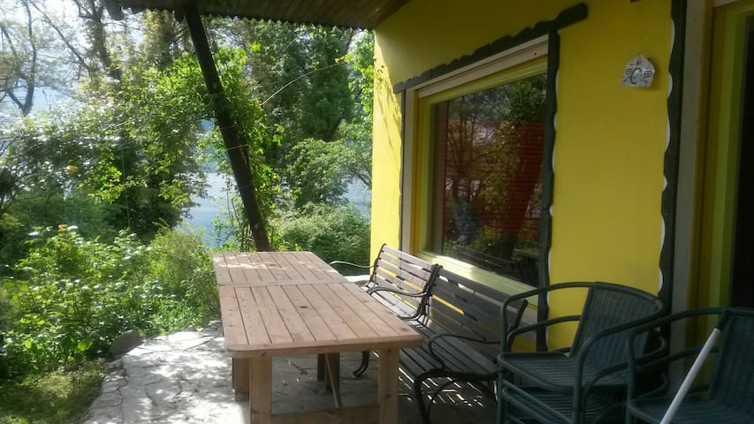 Seebungalow direkt am Ossiacher See - Ostriach - Talo