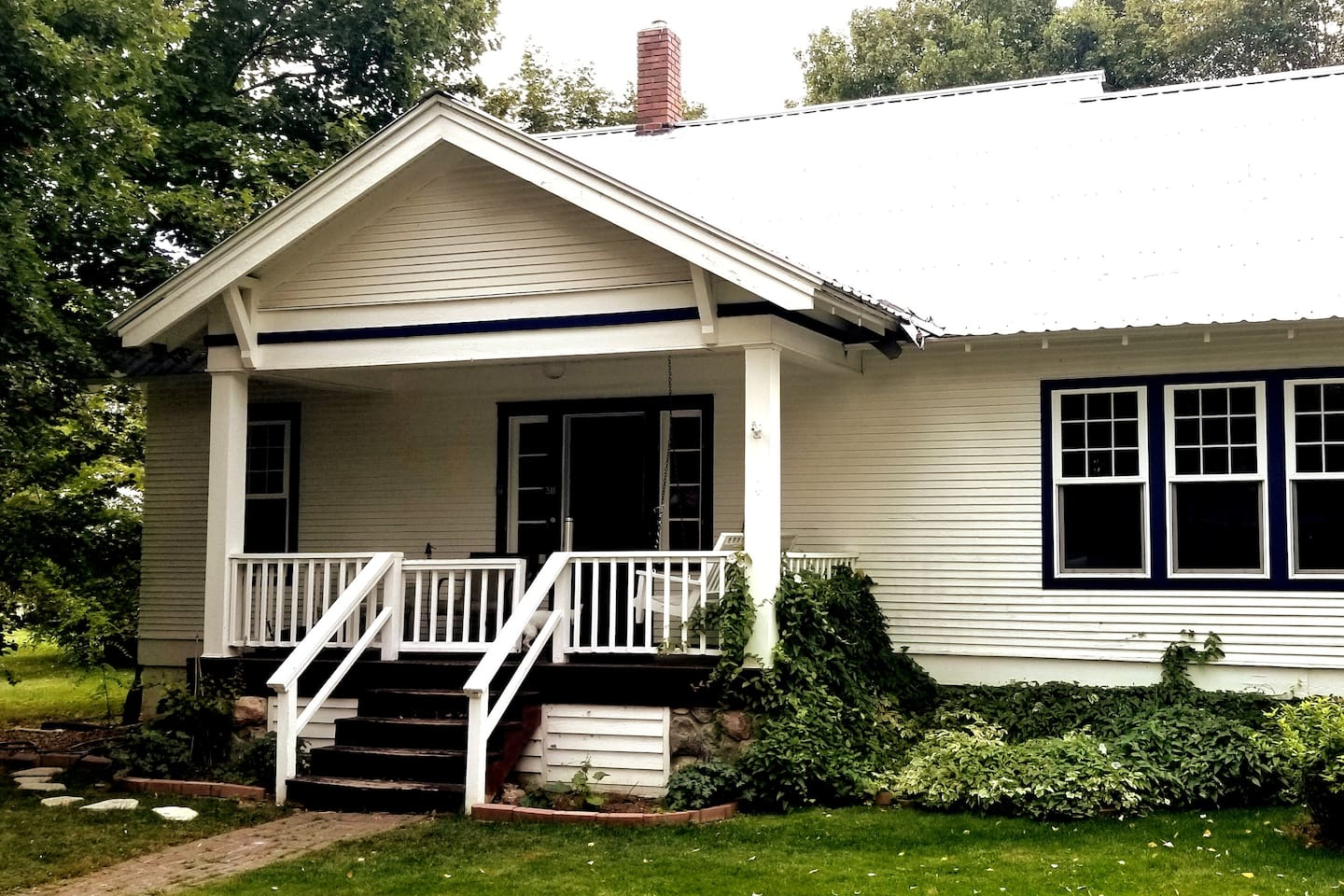 Charming South Sandpoint house just 3 blocks from the middle of town.