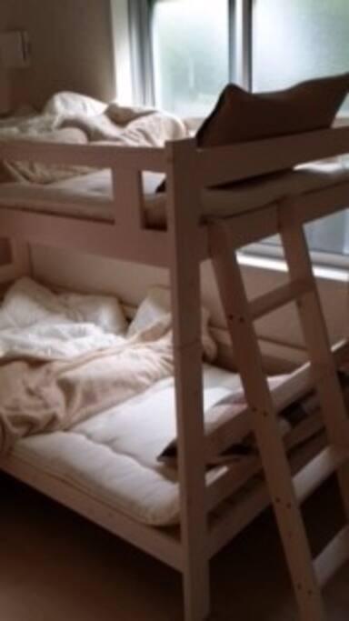 bunk bed 2段床