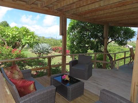 Hillside Hideaway Garden Studio