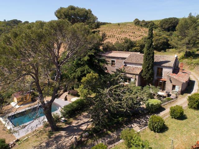 Maison avec piscine au domaine de Fontanilles