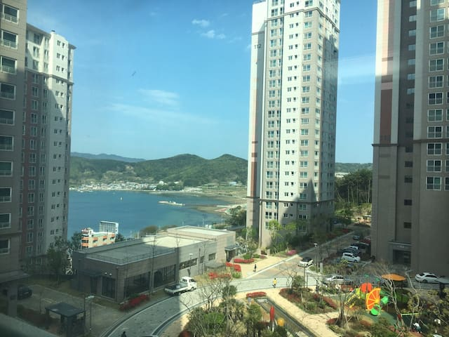 Comfortable house, Newly built Apt in Geoje. - 거제시 - Appartement