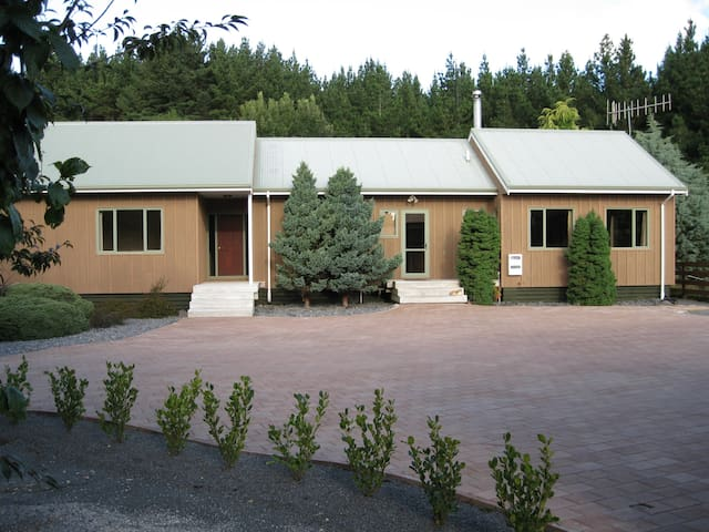 Country accommodation near Taupo