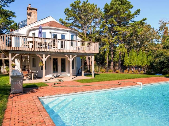 Lavish Southampton House w/ Private Beach & Pool!
