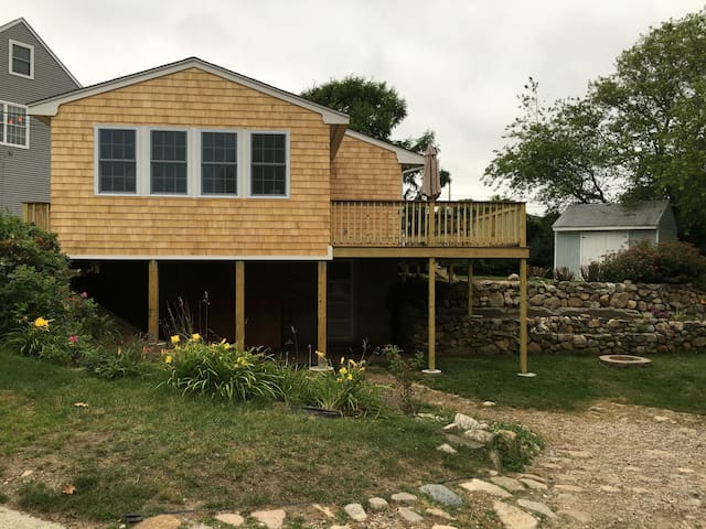 Cozy 3 BR beach house walking distance to beach