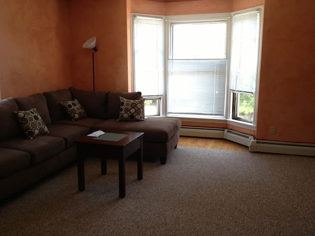 Portland Peninsula West End- 2 Bedroom - Portland - Apartment