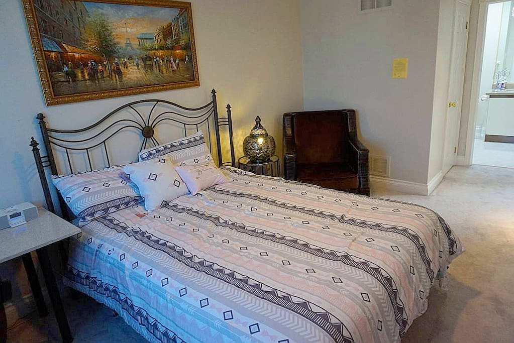 Master Bedroom W Ensuite 2nd Floor Toronto North Houses For Rent In Toronto Ontario Canada