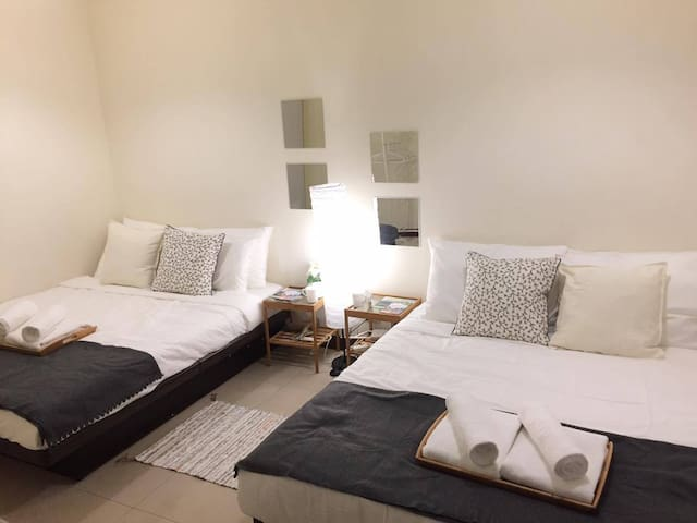 Vivi's Clean Studio - 3min walk to Ximen MRT - Wanhua District - Casa