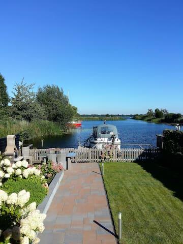 Paradijs aan Spiegelplas bij A'dam - Nederhorst Den Berg - Casa