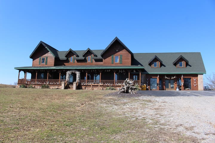 Samson's Whitetail Mtn Peaceful Rustic Lodge Home - Wien