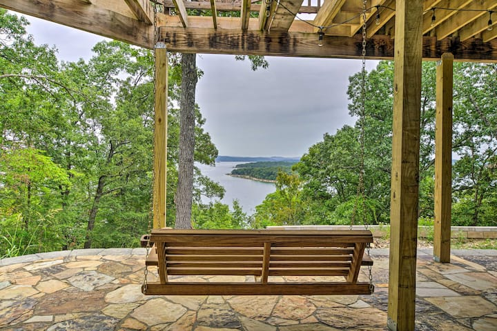 NEW! Beaver Lake Retreat w/ Lake Access, Swim Dock