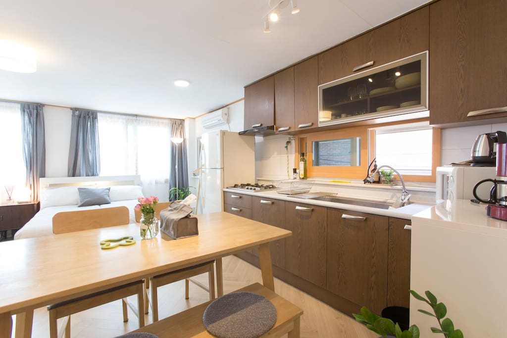 Super clean, Spacious, Airy, Comfortable & Well equipped.