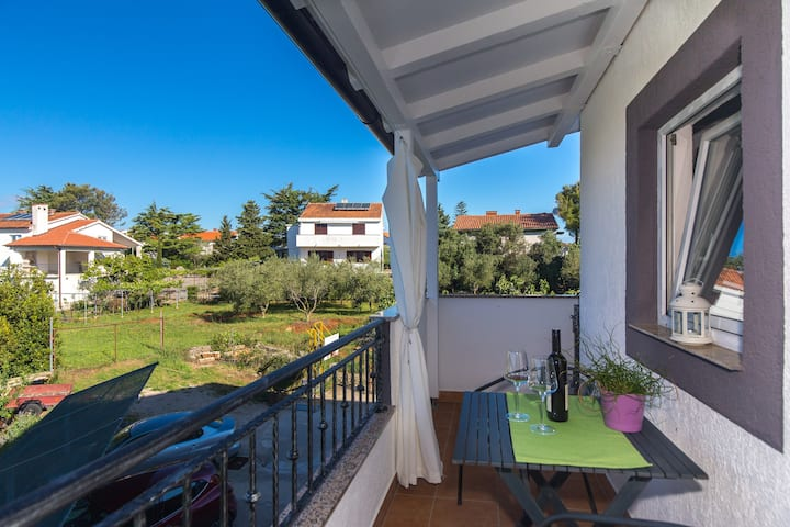 Charming Apartment Dodo close to the Beach