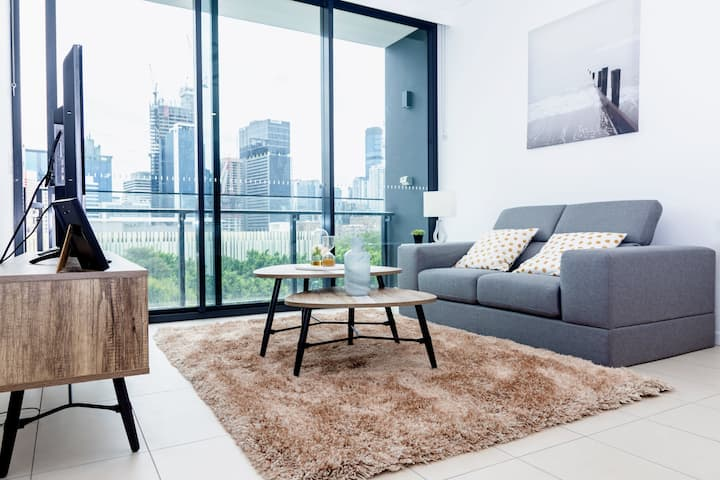 🌇CityViews Stylish🌇2BR Apt @ Southbank🏊
