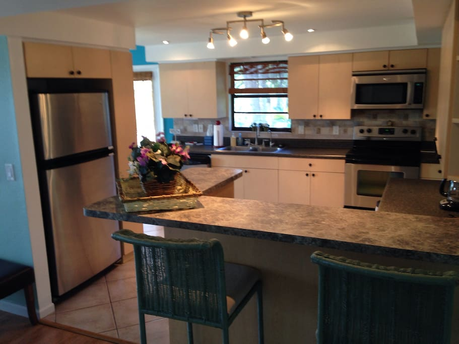The house includes a fully equipped kitchen with all appliances.