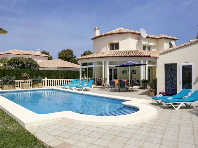 Fabulous villa Montero on La Sella Golf