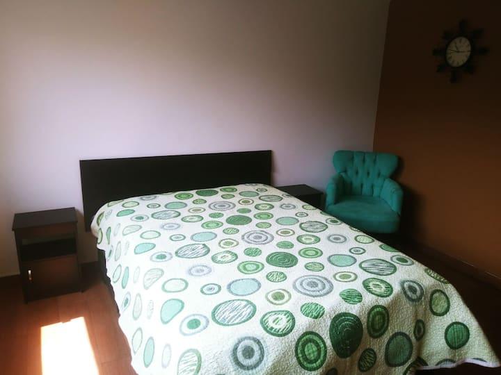 Excelente habitación independiente