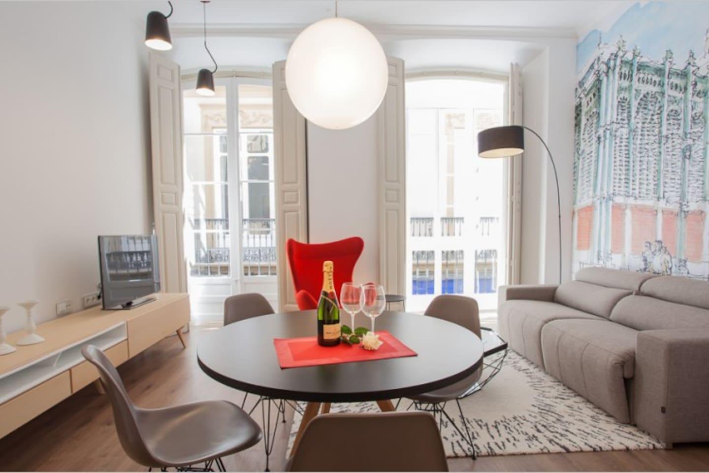 Main Living Room -  Thyssen 3