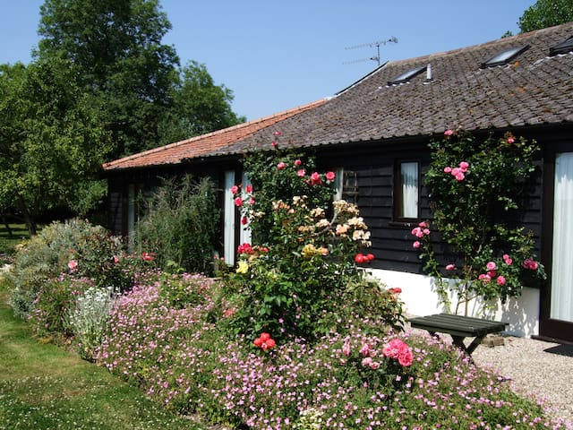 Barn Cottage No 2. - quiet Suffolk countryside - Stonham Aspal - Dom