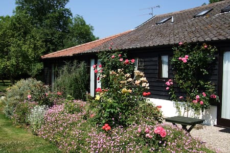 Barn Cottage No 2. - quiet Suffolk countryside - Stonham Aspal - Haus